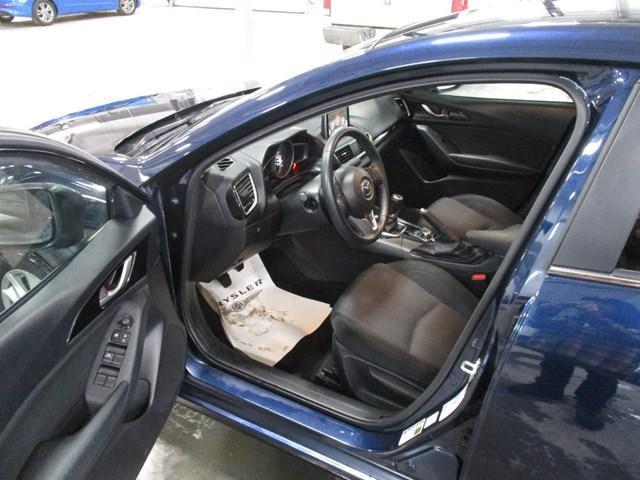 2015 Mazda Mazda3 GS (Stk: 1818A) in Ottawa - Image 9 of 20