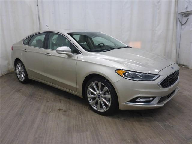 2017 Ford Fusion Platinum (Stk: 19020922) in Calgary - Image 1 of 30