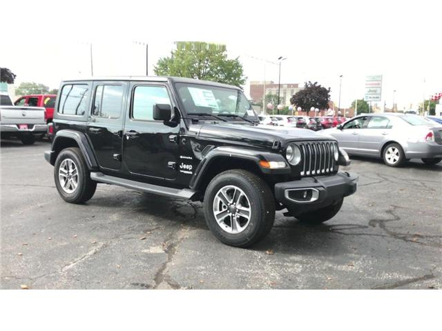 2018 Jeep Wrangler Unlimited Sahara (Stk: 181275) in Windsor - Image 2 of 11