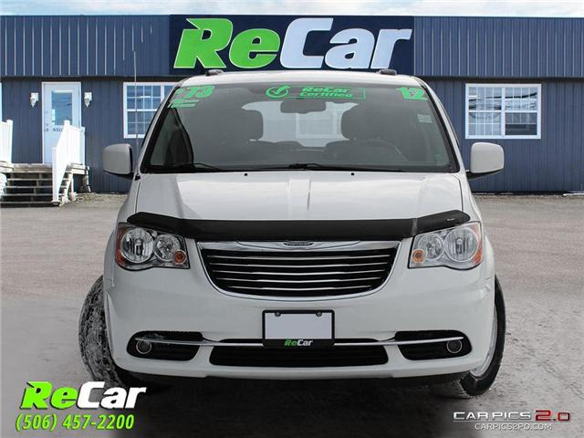 2012 Chrysler Town & Country Touring (Stk: 181444A) in Fredericton - Image 2 of 27