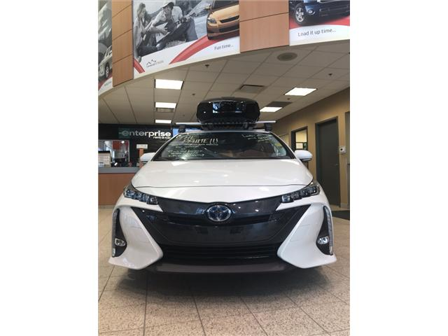 2019 Toyota Prius Prime Upgrade (Stk: 190143) in Cochrane - Image 2 of 17