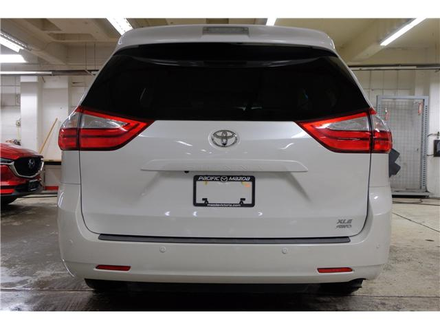 2017 Toyota Sienna XLE 7 Passenger (Stk: 7854A) in Victoria - Image 6 of 25