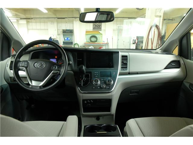 2016 Toyota Sienna LE 7 Passenger (Stk: 7857A) in Victoria - Image 16 of 23