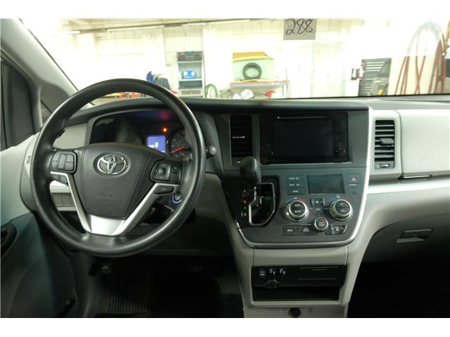 2016 Toyota Sienna LE 7 Passenger (Stk: 7857A) in Victoria - Image 17 of 23
