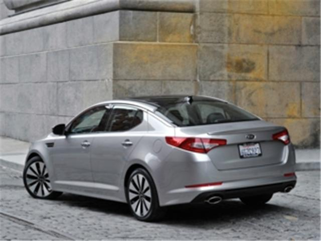 2013 Kia Optima EX Turbo + (Stk: 441373) in Truro - Image 2 of 12
