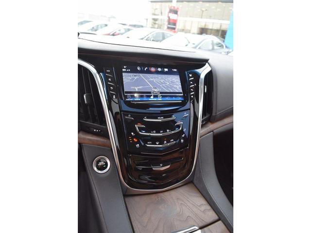 2017 Cadillac Escalade Premium Luxury/SUNRF/HTD&CLD STS/SURND CAMRA/HUD (Stk: 203378A) in Milton - Image 16 of 24