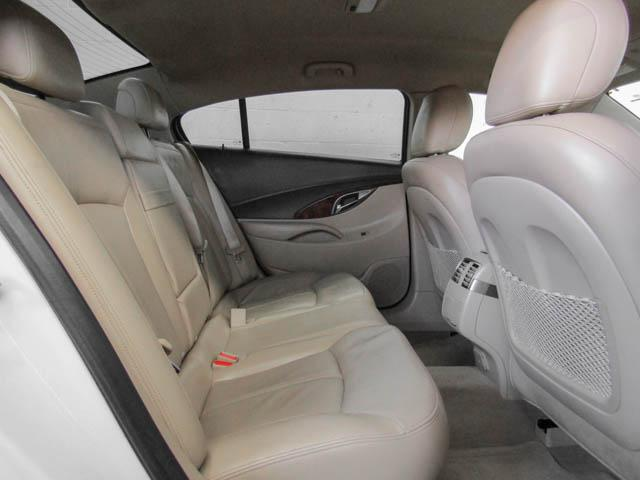 2013 Buick LaCrosse eAssist Luxury Group (Stk: I8-58481) in Burnaby - Image 18 of 24
