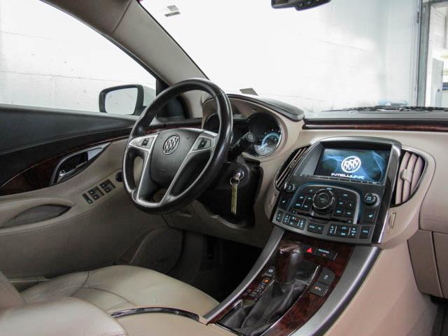 2013 Buick LaCrosse eAssist Luxury Group (Stk: I8-58481) in Burnaby - Image 4 of 24