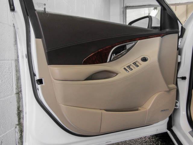 2013 Buick LaCrosse eAssist Luxury Group (Stk: I8-58481) in Burnaby - Image 23 of 24