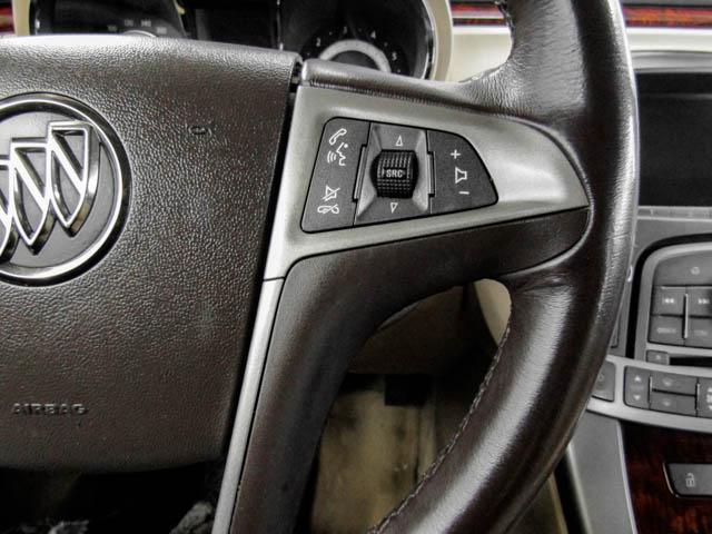 2013 Buick LaCrosse eAssist Luxury Group (Stk: I8-58481) in Burnaby - Image 22 of 24