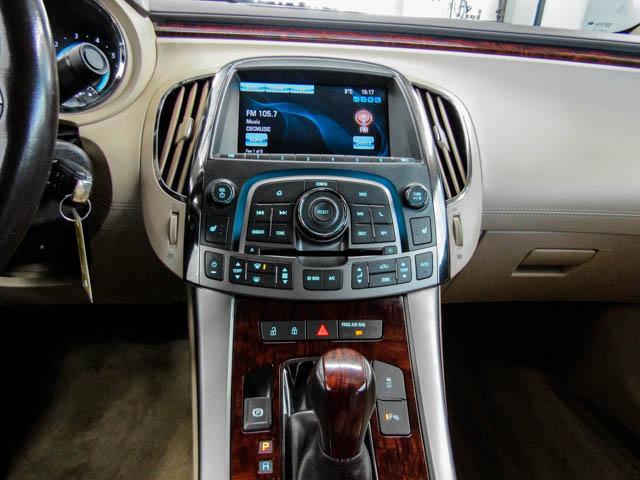 2013 Buick LaCrosse eAssist Luxury Group (Stk: I8-58481) in Burnaby - Image 8 of 24