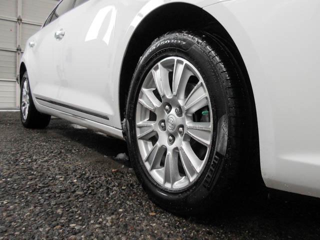 2013 Buick LaCrosse eAssist Luxury Group (Stk: I8-58481) in Burnaby - Image 16 of 24