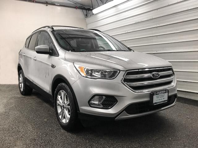 2017 Ford Escape SE (Stk: 8T52281) in North Vancouver - Image 2 of 28