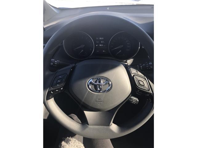 2019 Toyota C-HR XLE (Stk: 190149) in Cochrane - Image 12 of 19