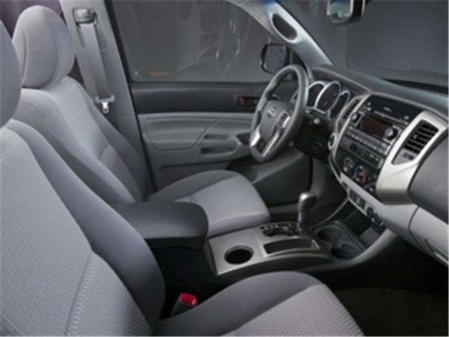 2014 Toyota Tacoma V6 (Stk: 023403) in Truro - Image 2 of 7