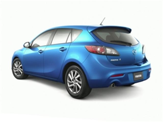 2013 Mazda Mazda3 GX (Stk: 731948) in Truro - Image 2 of 10