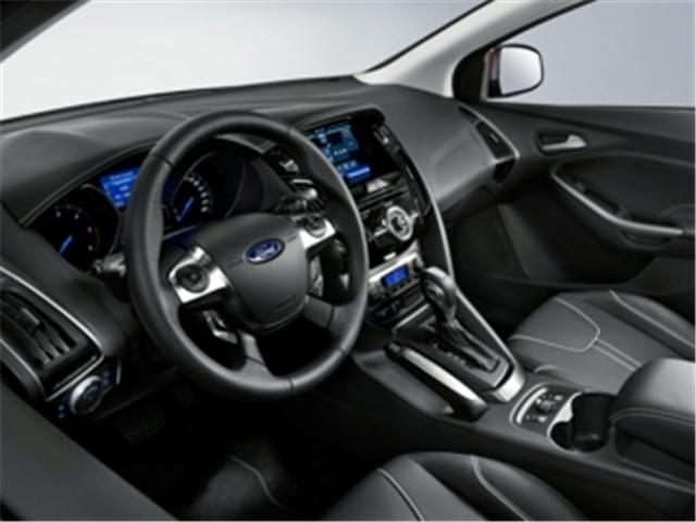 2013 Ford Focus SE (Stk: DT5997) in Truro - Image 1 of 8