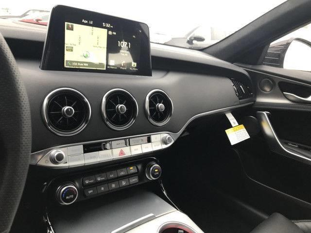 2018 Kia Stinger GT Limited (Stk: 20991) in Edmonton - Image 14 of 17
