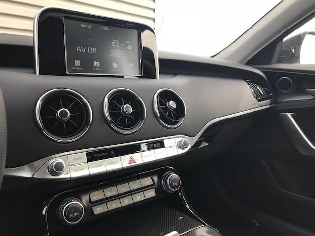 2018 Kia Stinger GT Limited (Stk: 20996) in Edmonton - Image 12 of 23