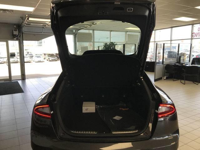 2018 Kia Stinger GT Limited (Stk: 21125) in Edmonton - Image 9 of 18