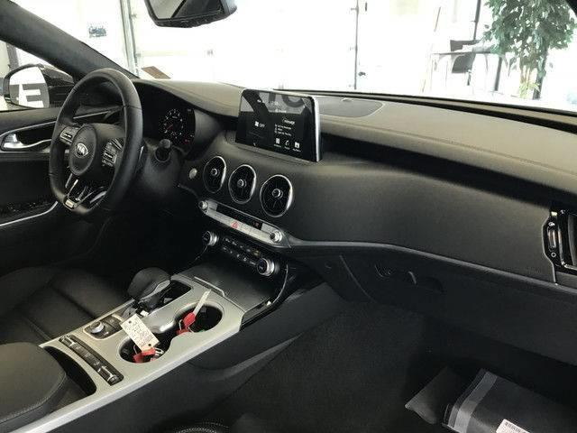 2018 Kia Stinger GT Limited (Stk: 21125) in Edmonton - Image 12 of 18