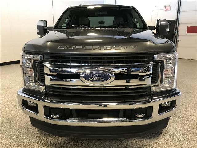 2017 Ford F-350 XLT (Stk: T22780) in Calgary - Image 2 of 18