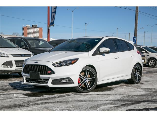 2018 Ford Focus Base ONLY 25,000KMS-LOADED (Stk: 1811811) in Ottawa - Image 1 of 29
