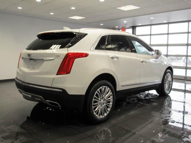 2019 Cadillac XT5 Platinum (Stk: C9-11920) in Burnaby - Image 4 of 24