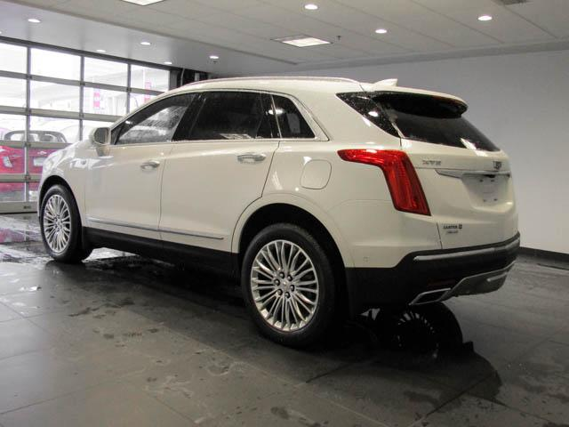 2019 Cadillac XT5 Platinum (Stk: C9-11920) in Burnaby - Image 6 of 24