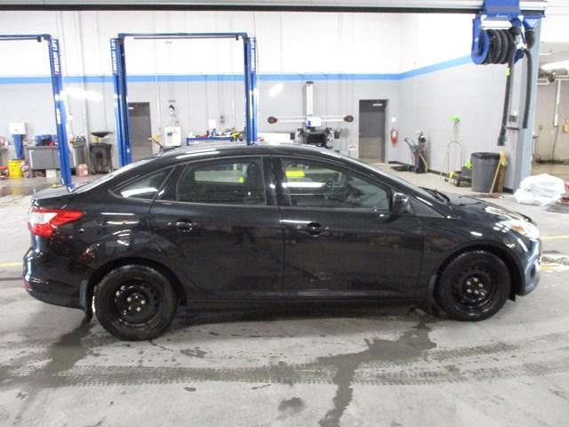 2012 Ford Focus SE (Stk: MX1048A) in Ottawa - Image 2 of 18