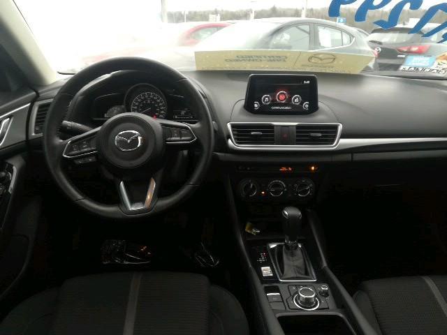 2017 Mazda Mazda3 GS (Stk: 19018A) in Owen Sound - Image 10 of 20