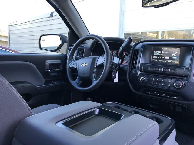 2019 Chevrolet Silverado 1500 LD Silverado Custom (Stk: 9L00020) in North Vancouver - Image 4 of 13