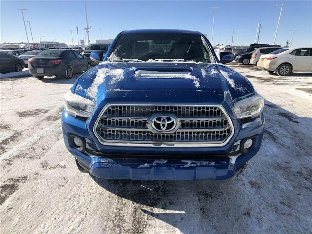 2017 Toyota Tacoma  (Stk: 2900388A) in Calgary - Image 2 of 14