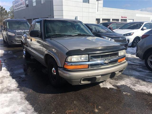 2000 Chevrolet S-10 LS (Stk: 905041AB) in Burlington - Image 2 of 20