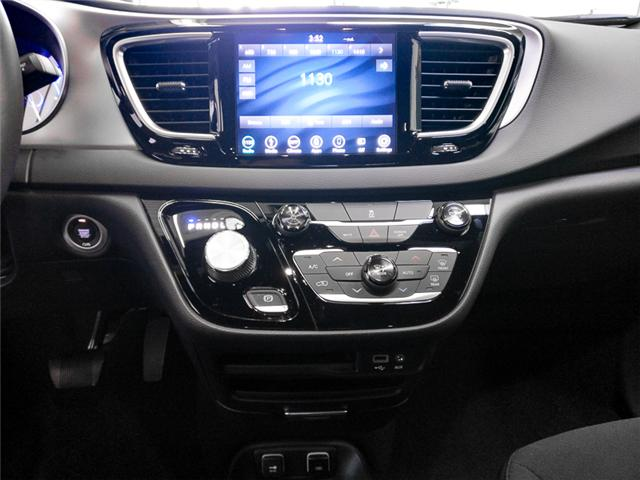 2019 Chrysler Pacifica Hybrid Touring Plus (Stk: W707130) in Burnaby - Image 6 of 12