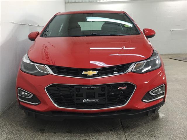 2018 Chevrolet Cruze Premier Auto (Stk: 34339J) in Belleville - Image 4 of 30