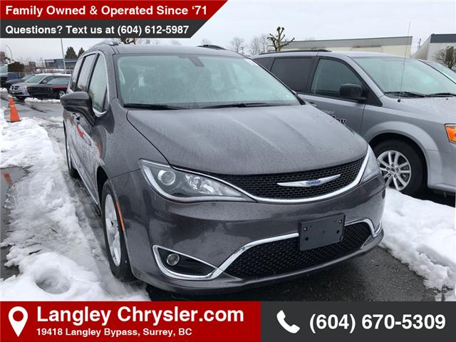 2018 Chrysler Pacifica Touring-L Plus (Stk: EE901190) in Surrey - Image 1 of 1