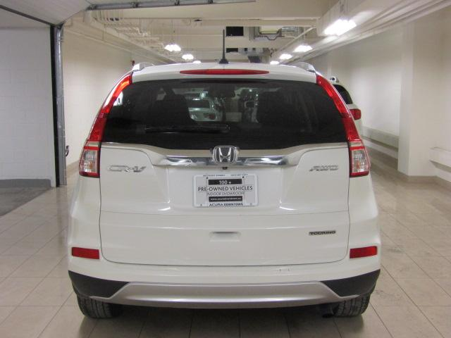 2015 Honda CR-V Touring (Stk: AP3194) in Toronto - Image 4 of 31