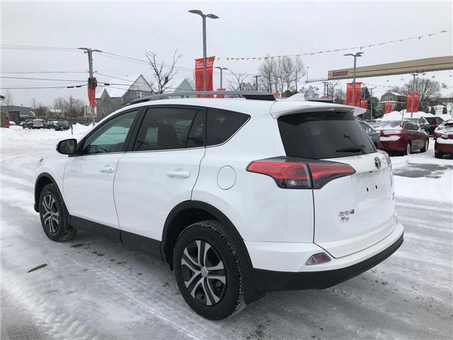 2017 Toyota RAV4 LE (Stk: P549201) in Saint John - Image 3 of 32