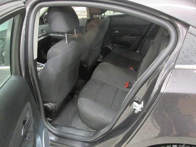 2015 Chevrolet Cruze 1LT (Stk: M25881) in Gloucester - Image 10 of 17