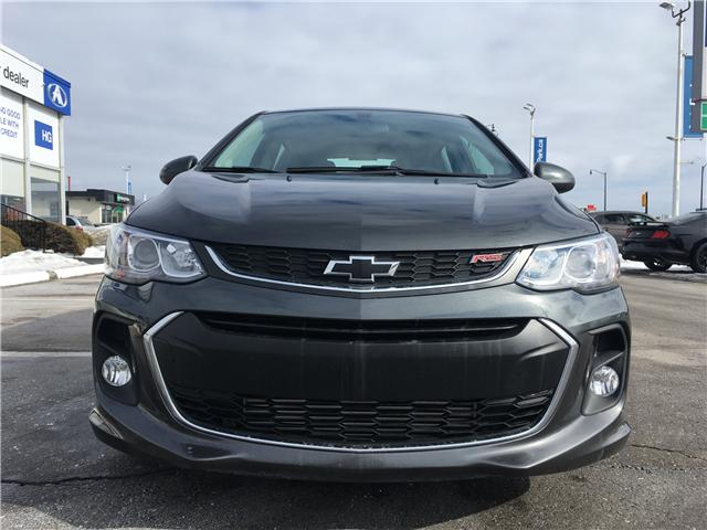 2018 Chevrolet Sonic LT Auto (Stk: 18-32372) in Barrie - Image 2 of 25