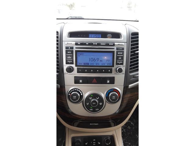 2011 Hyundai Santa Fe GL 3.5 Sport (Stk: A059) in Ottawa - Image 9 of 17