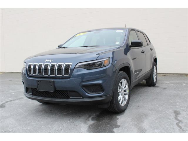 2019 Jeep Cherokee Sport (Stk: D371982) in Courtenay - Image 2 of 30