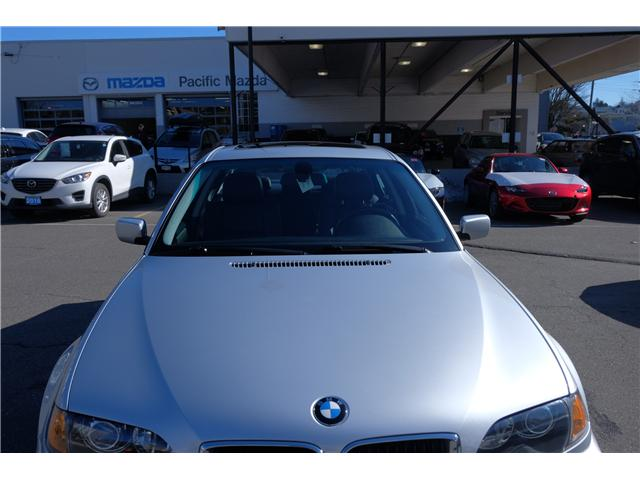 2004 BMW 325 xi (Stk: 427351A) in Victoria - Image 2 of 26