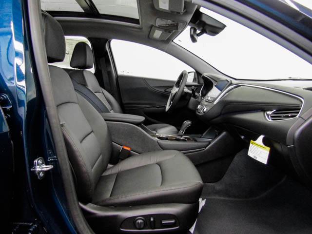 2019 Chevrolet Malibu Premier (Stk: M9-24810) in Burnaby - Image 8 of 12