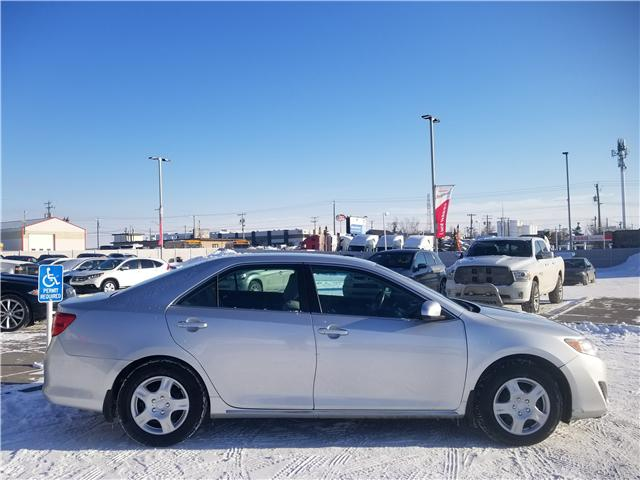 2012 Toyota Camry LE (Stk: U194051) in Calgary - Image 2 of 24
