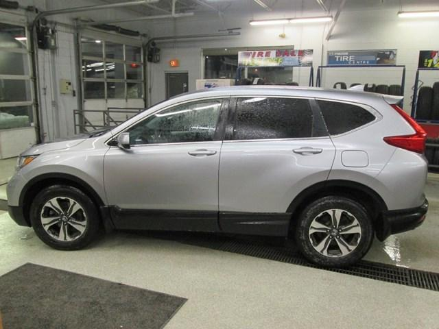 2018 Honda CR-V LX (Stk: M2604) in Gloucester - Image 2 of 18