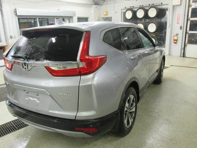 2018 Honda CR-V LX (Stk: M2604) in Gloucester - Image 6 of 18