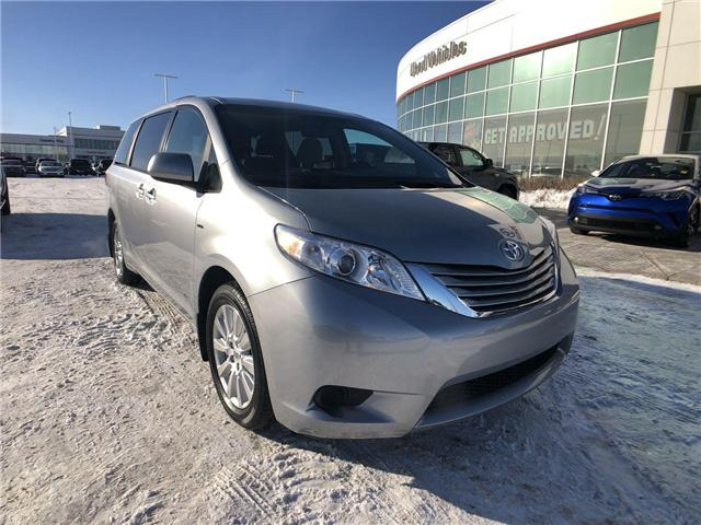 2017 Toyota Sienna  (Stk: 2802039A) in Calgary - Image 1 of 16