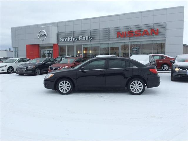 2013 Chrysler 200 Touring (Stk: 18-394B1) in Smiths Falls - Image 1 of 13